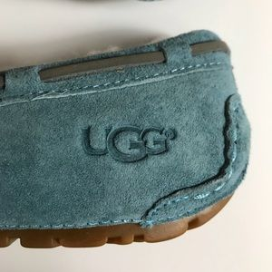 UGG Shoes - Size 5 Ugg Women's Moccasin Slippers